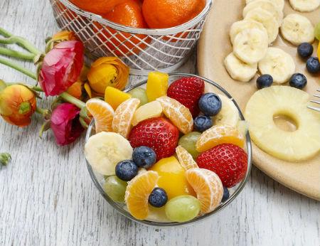 Bữa sáng thú vị cùng salad trái cây