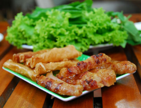 Những đặc sản bình dân hấp dẫn, hút khách ở Nha Trang