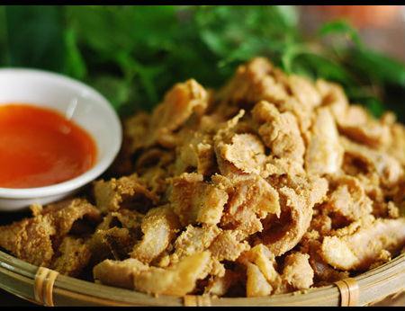 Thịt lợn muối chua - đặc sản Hòa Bình nổi tiếng