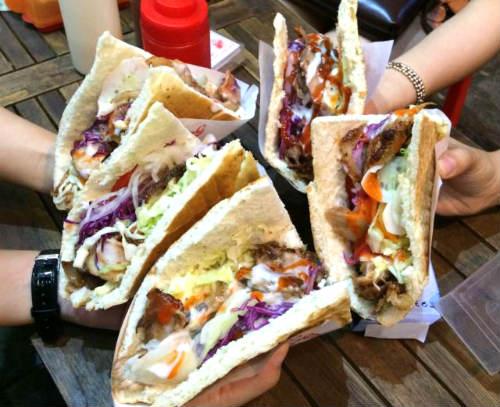 bánh mì kebab ngon giao hàng tận nơi ở bình thạnh, bánh mì đỏ, địa chỉ bánh mì giao hàng tận nơi