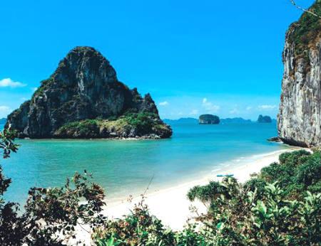 Đảo Mắt Rồng - Đôi mắt huyền bí trên Vịnh Hạ Long