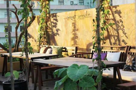 Secret Garden Restaurant -Nhà hàng Việt ở Sài Gòn
