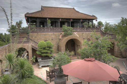 Nhà hàng cafe Cổ Gia Quý - Không gian độc đáo ở Sài Gòn