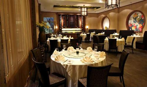 Nhà hàng Lục Thủy viên ngọc Á Đông