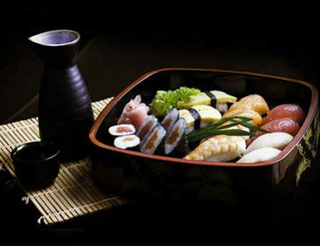 Nhà hàng Nhật Chiisana Hashi