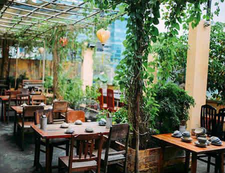 Secret Garden Restaurant - Địa chỉ nhà hàng Việt ở Sài Gòn