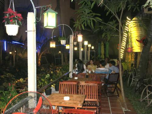 cafe sen, quán cafe quận thủ đức, quán cafe sân vườn ở thủ đức, điểm hẹn lý tưởng ở thủ đức