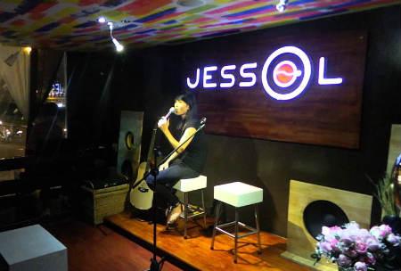 cafe jessol,cafe quận 10, quán cafe phong cách ý ở sài gòn