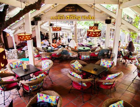 Miền Đồng Thảo – Quán café văn phòng không gian đẹp ở Phú Nhuận
