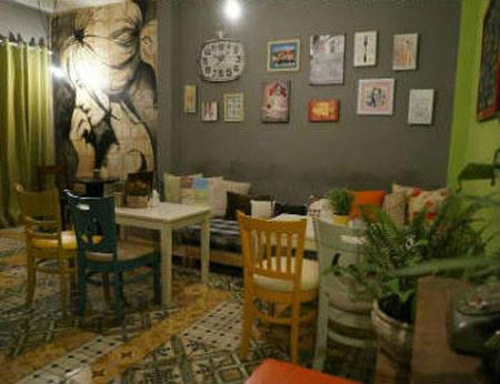 Cafe Con Hẻm Nhỏ – quán cafe không gian độc đáo quận 3