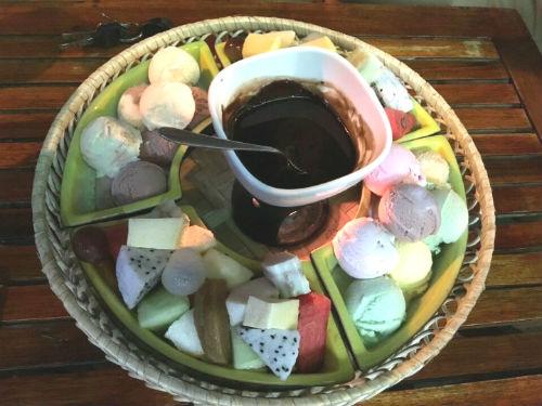 Kem Cô Yến - Kem ngon nức tiếng ở Bình Thạnh