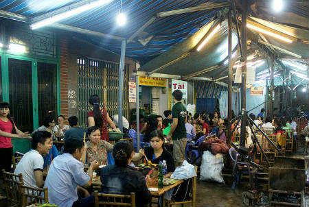 Mộc quán – địa điểm thưởng thức món nướng ngon quận 4 - diachianuong.vn 5