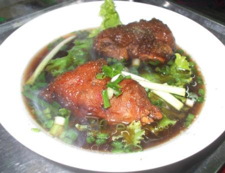 Mì Sùng Ký – Quán mì ngon đường Lê Quang Định