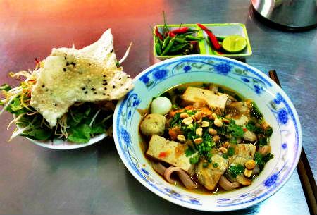 Mì Quảng 284 Lê Văn Sỹ - Mì Quảng ngon quận 3 - diachianuong.vn