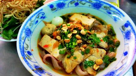 Mì Quảng 284 Lê Văn Sỹ - Mì Quảng ngon quận 3 - diachianuong.vn 2