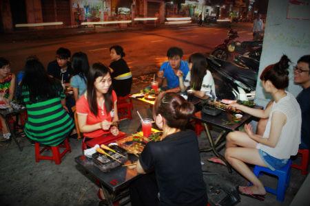 Xiên nướng đồng giá 433 – Quán xiên nướng ngon trên đường Nguyễn Kiệm